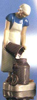 RC 1021452 Girl with Milk Can
