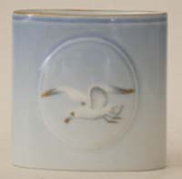 B&G Seagull #303240 Toothpick Holder 2 1/2 in.