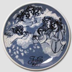 1983 Porsgrund Christmas Plate, Christmas Night