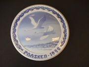 1922 B&G Swans Flying
