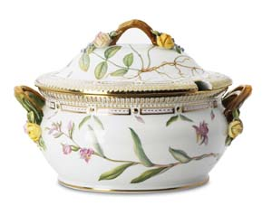 RC #1141181 Round Covered Soup Tureen
