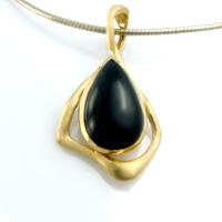Josefine   Curve Necklace