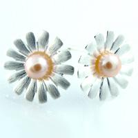Josefine   Daisy Earrings