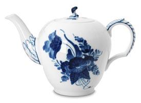 RC #1106141 Tea Pot 35 1/4 oz.