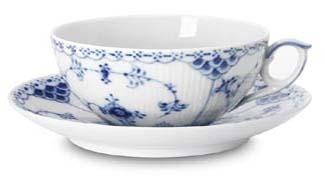 RC #1017206 Half Lace Tea Cup & Saucer 7 oz