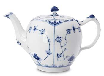 RC #1017209 Tea Pot 8 in.