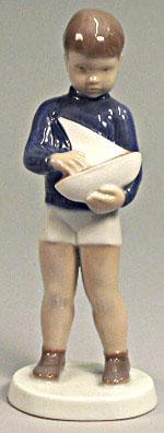 B&G 2380 Boy with Sailing Boat