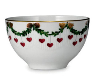 RC #1017451 Star Fluted Chocolate Bowl 10 oz