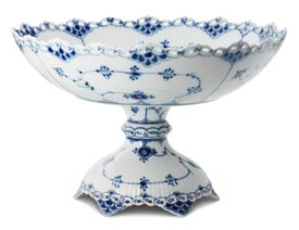 RC #1017234 Cake Dish on Foot 7 in.