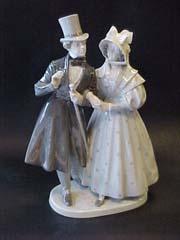 RC 1593 Victorian Couple.