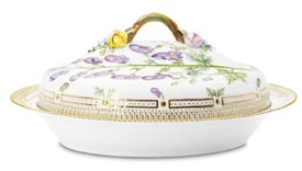 RC #1141175 Oval Covered Vegetable Dish