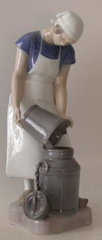 B&G 2181 Girl with Milk Can
