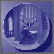 1910 B&G Old Organist
