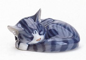 RC 1020057 Cat, Sleeping