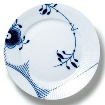 RC Blue Fluted MEGA Plate (6 3/4 In) #2382617