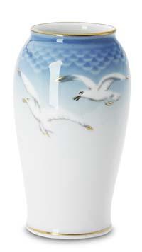 B&G Seagull #303678 Vase 5 1/4 in.