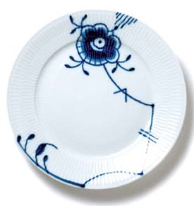 RC Blue Fluted MEGA Plate (6 3/4 In) #1017370