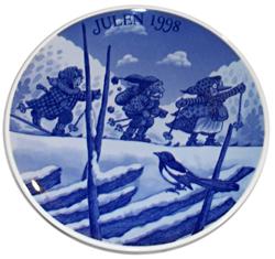 1998 Porsgrund Christmas Plate, Christmas Carolers