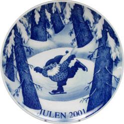 2001 Porsgrund Christmas Plate, Ice Skating