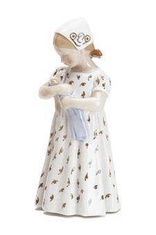 RC 1021561 Mary, White Dress