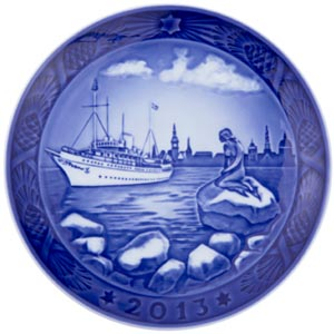 2013 RC Christmas Plate - Copenhagen Harbour
