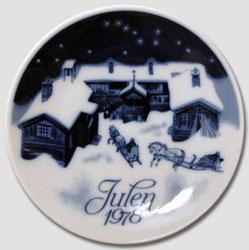 1978 Porsgrund Christmas Plate, Christmas Eve
