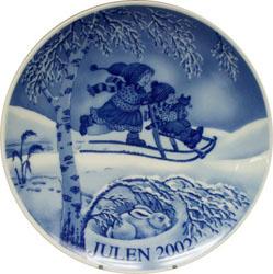 2002 Porsgrund Christmas Plate, Kick Sledding