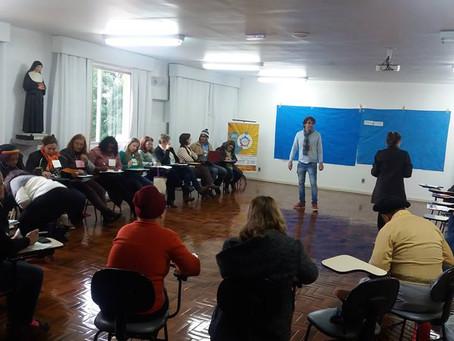 """O Curso Introdução a VEGD volta a Porto Alegre e """"esquenta"""" a Rede de Comércio Justo e Sol"""