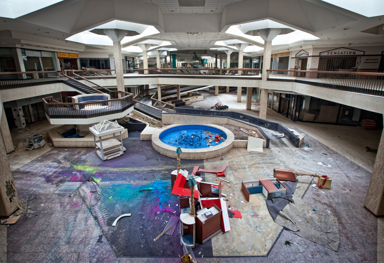 Randall Park Mall | Chaotic Colors
