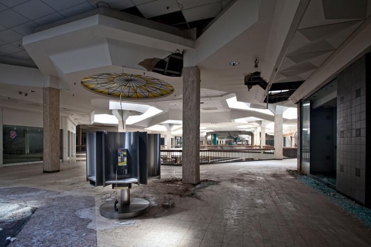 Randall Park Mall | Payphone Kiosk