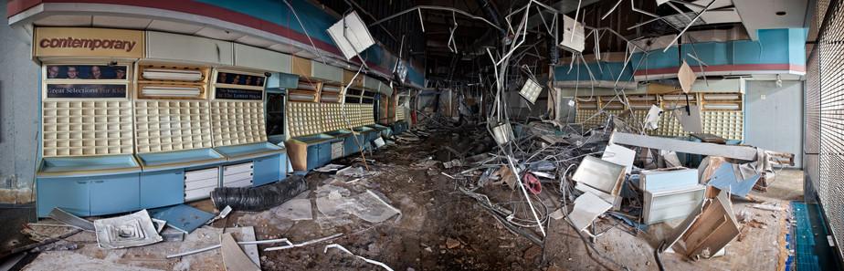 Randall Park Mall | Ruined Optometry Sto