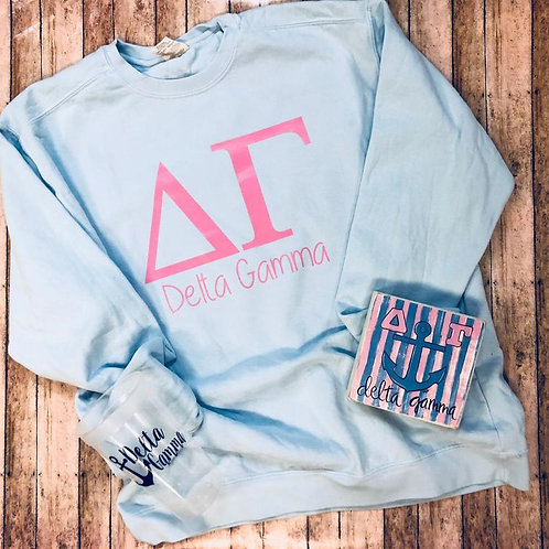 Delta Gamma Gift Set including Sweatshirt, Cup, and Painted Block