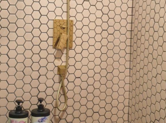 중동 아로마 마사지 샤워실