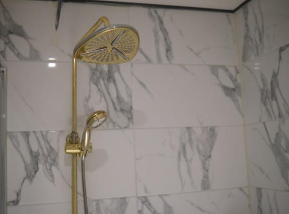 부평 한국인 마사지 샤워실