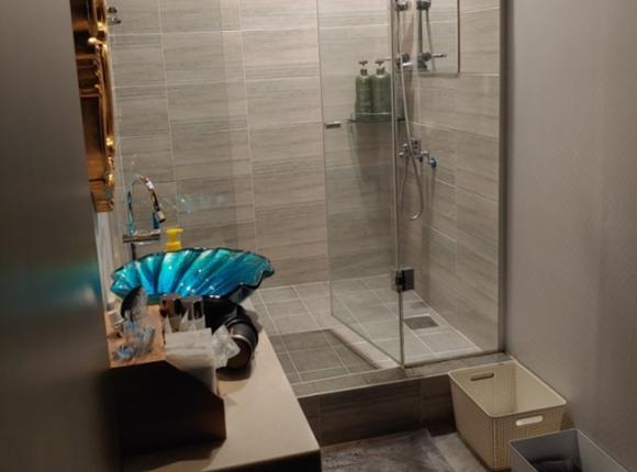 용인 아로마 마사지 샤워실