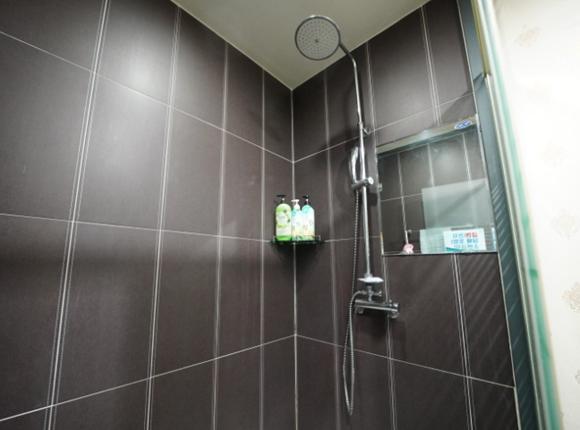 일산 아로마 마사지 샤워실