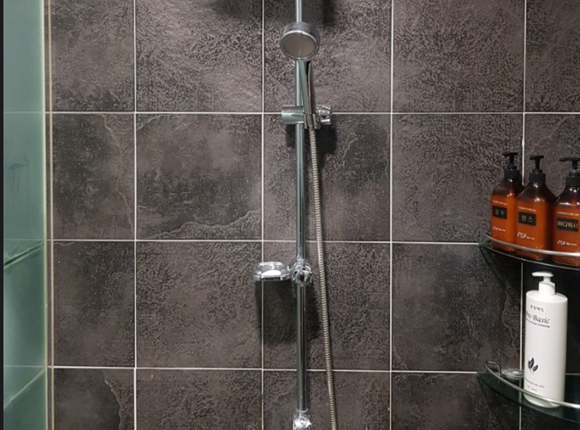 부평 스웨디시 마사지 샤워실