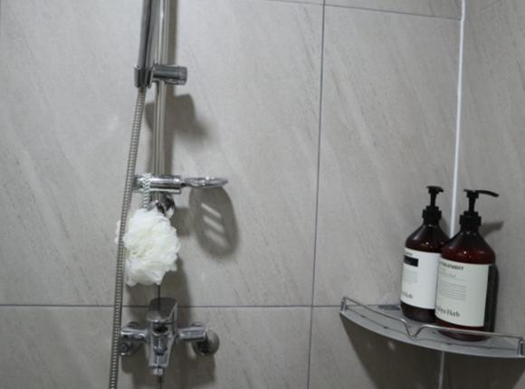 울산 스웨디시 마사지 샤워실