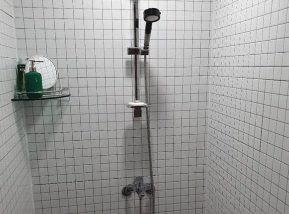 서초 24시 마사지 샤워실
