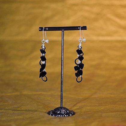 Boucles d'oreille noire chaine et sequins