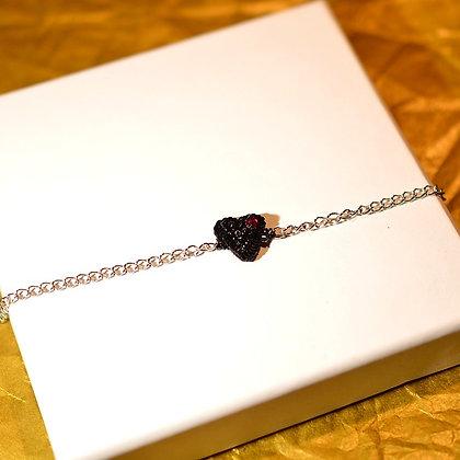 Bracelet coeur noir et fushia