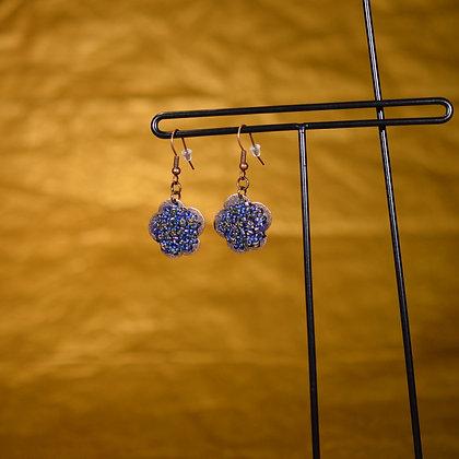 Boucles d'oreille fleur bleu