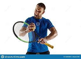 joueur-de-tennis-se-tapissant-en-bas-du-