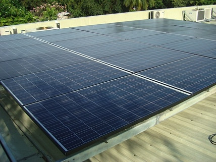 29.4 kWp Grid-Tied w/ Backup System
