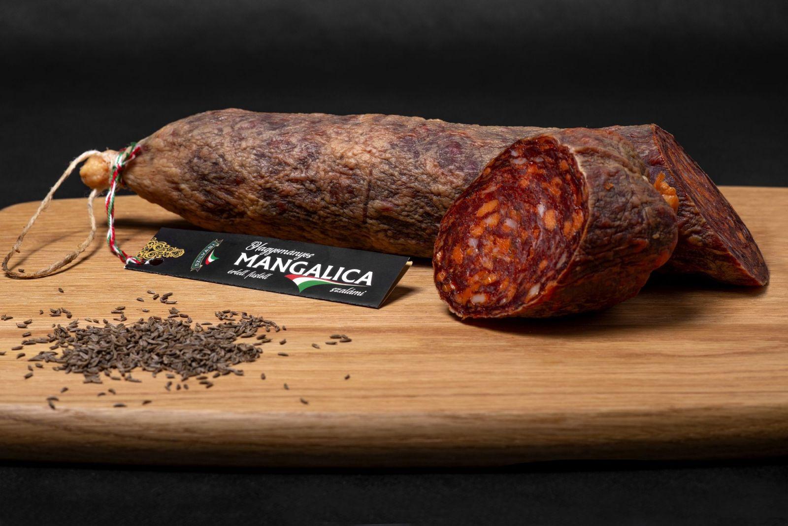 Salami z Mangalicy Mangalica szalámi Szilváshús