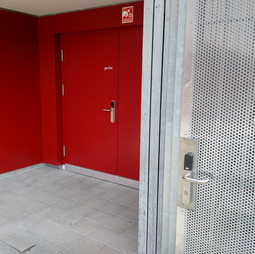 Sportplatz Winkel Xesar Zutrittskontrolle 2017