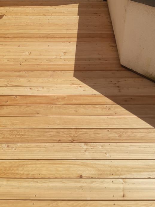 Holz-Terrasse_Lärche_natur_(2).jpg