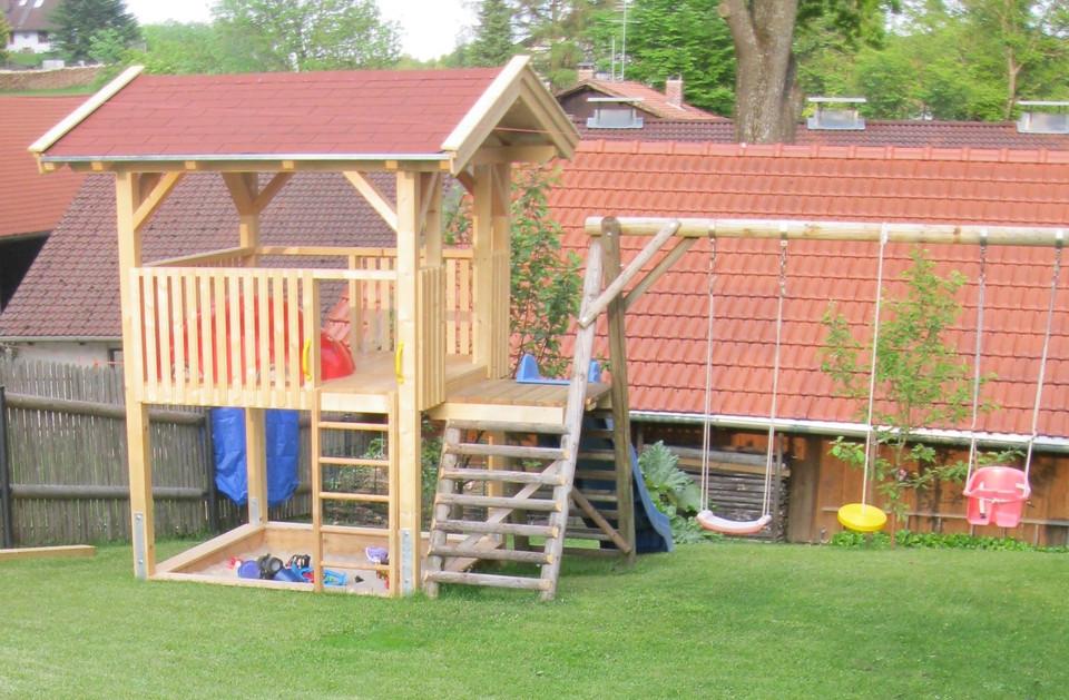 Spielturm Fichte natur, Holzpfosten auf