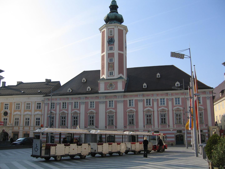 rathausplatz02.jpg