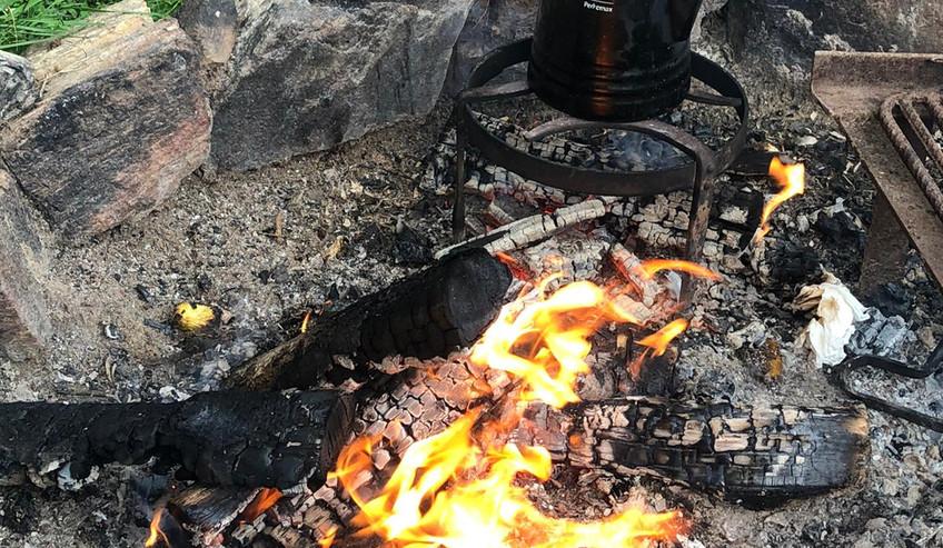 Kaffee frisch vom Feuer